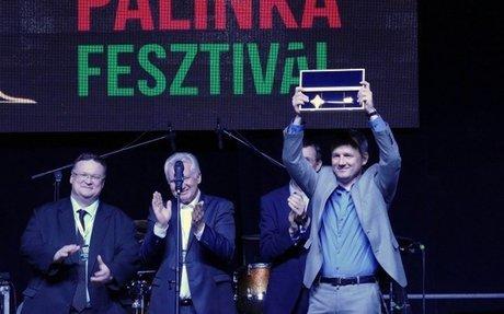 Gyula a pálinka fővárosa, kulcsot küldtek Budapestről