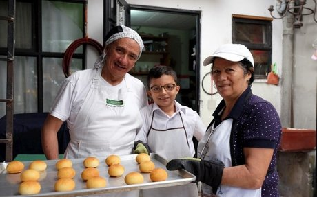Refugee bakery a sweet success in Costa Rica
