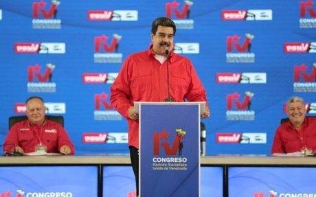 Venezuela regulará los precios de la gasolina y la venderá a través del carné de la patria
