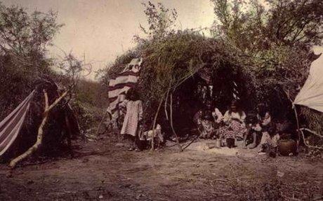 Apache tribe wigwam (Housing)