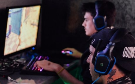 Esports boom reaching high schools amid scholarship growth
