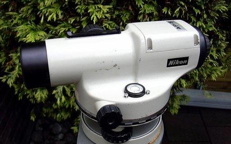 Nikon AP-5 Automatic Level