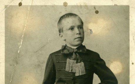 Czeizel Endre: Kórtörténet és családfa
