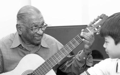 The Guitar Man: Alex Abisheganaden