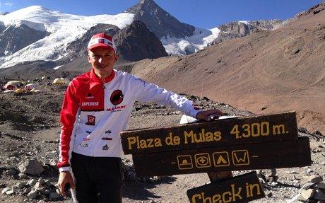 Karl Egloff marca nuevo récord tras subir al Aconcagua   MachDeportes