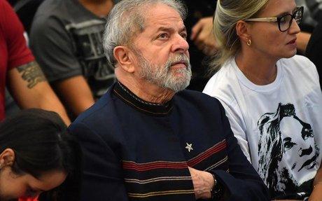 Entenda o que pode acontecer com Lula após recurso negado pelo TRF4