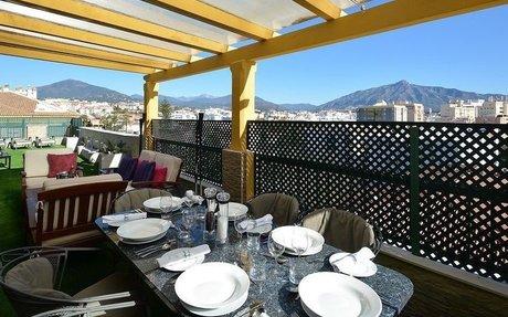 Flott topp-leilighet med 3 soverom og utsikt - San Pedro de Alcántara (R2611829)