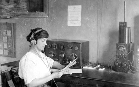 6. Radio in the Early 1900s