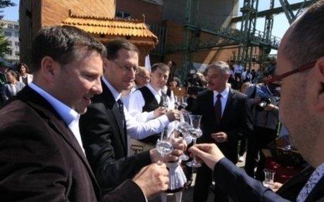 """Pálinkaügy: """"megfőznék"""" a magyar kormányt a székelyek"""