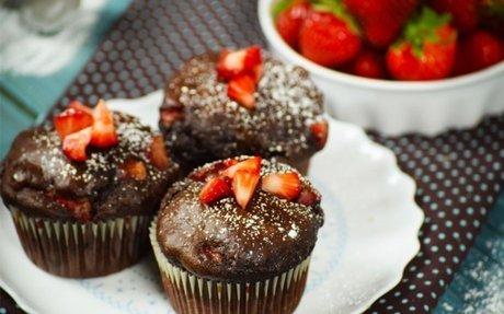 Duplacsokis-epres muffin