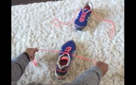 Millions Of People Have Watched This Mom's Shoe-Tying Tutorial