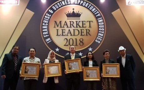 Ray White Memenangkan Franchise Market Leader 2018