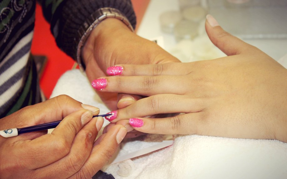 Nail Art Classes - Nail Enhancement Course and Institute in Delhi - ECIC