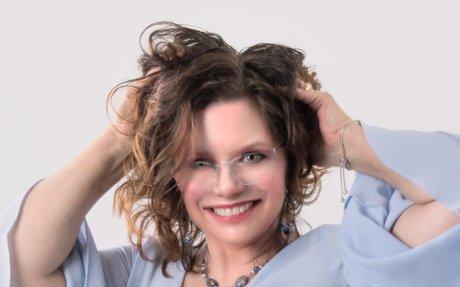 Tips for Professional Headshots | elink