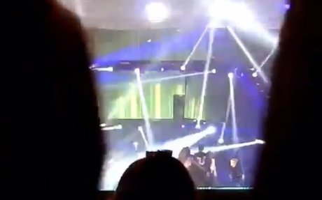 160130 RAIN - THE SQUALL in Hong Kong - Pumps And A Bump [Fancam-70]