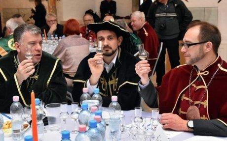 Pálinkák és sós sütik versenye Miskolcon