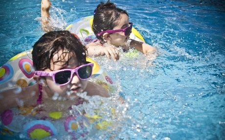 Why is it Important to Continue a Consistent Sleeping Schedule During the Summer?