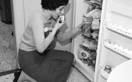 How to Not Eat Everything in the Fridge When You Work From Home