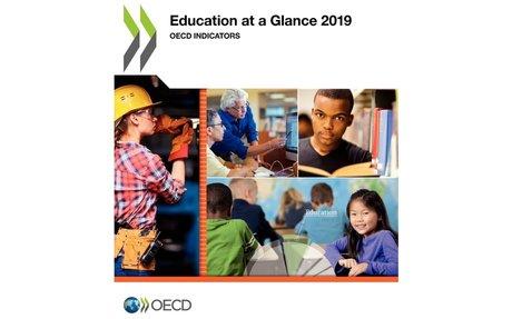 Education at a Glance 2019: OECD Indicators - Regards sur l'éducation 2019