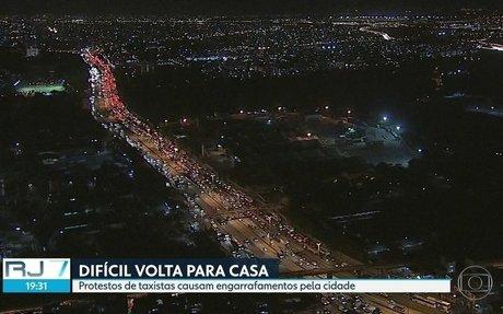 RJ2 | Protestos de taxistas causam engarrafamentos ao longo do dia pela cidade | Globoplay