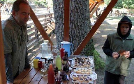 Vackorlekvár, pitypangszirup - A vadon termő gyümölcsökből nem csak pálinka készülhet