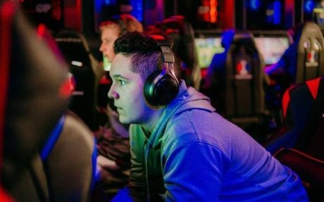Esports Arena Is Starting A Semi-Pro League In 'Fortnite' And 'Super Smash Bros. Ultimate'