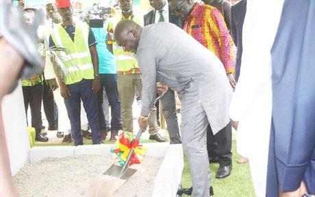 Bawumia cuts sod for Western corridor fibre project