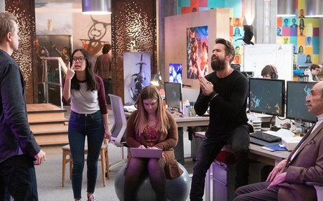 Apple's New TV Show 'Mythic Quest' Dares to Get Gaming Culture Right