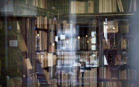 Buchhandel: Der eine trägt das Buch zu Grabe, die anderen investieren Millionen