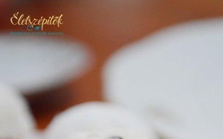 Zabpelyhes túrógombóc. Sütés-főzés nélkül, villámgyorsan elkészíthető | Életszép