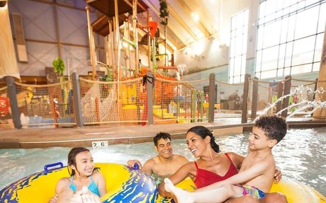 North America's Largest Family Indoor Water Park Resort | GreatWolf.com