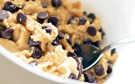 Raw cookie dough's flour could make you really sick