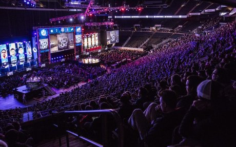 Esports faces challenges to grow without industry-wide rules and regulations | Dot Esports