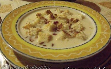 Sajtkrémleves baconnel recept Németh Marietta konyhájából - Receptneked.hu