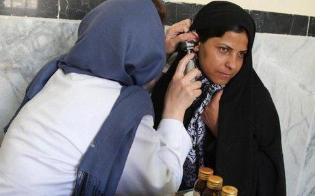 اللاجئون في إيران يستفيدون من برامج الصحة الوطنية