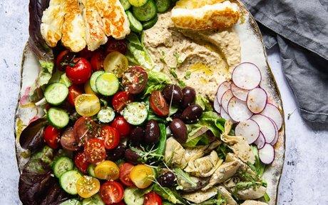 Mediterranean Salad w/ Fried Halloumi