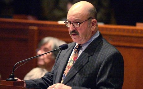 Mike Foster, former Louisiana governor, has died at 90