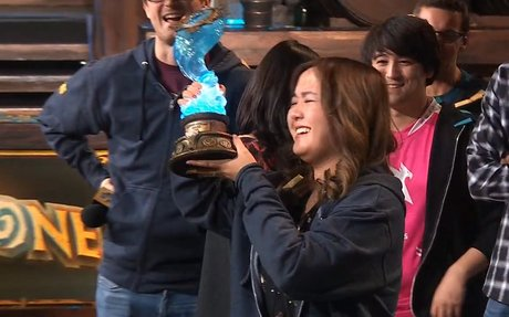 VKLiooon is the first woman to become Hearthstone global champion