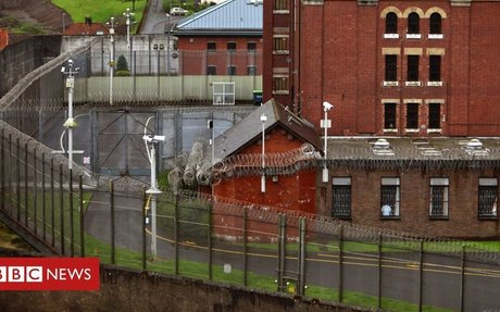 Restrictions on short prison sentences extended