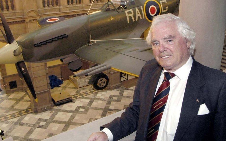 Billionaire British car sales magnate Sir Arnold Clark dies at the age of 89