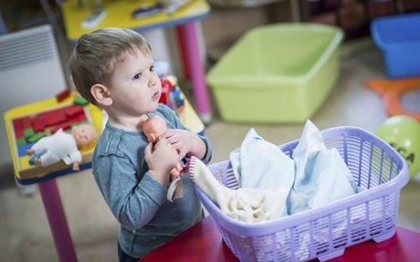 La poupée: essentielle pour les enfants dès un an