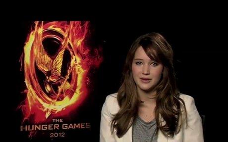 Amazon.com: The Hunger Games (Book 1) (9780439023528): Suzanne Collins: Books