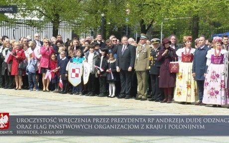 Obchody Dnia Flagi RP oraz Dnia Polonii i Polaków za Granicą przed Belwederem
