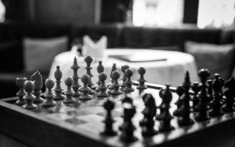 Diplomatic Negotiations: The Surprising Benefits of Conflict and Teamwork at the Negotiati