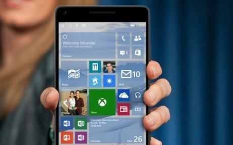 Satya Nadella assure que Microsoft travaille bien sur de nouveaux smartphones