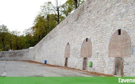 Le mur du ballodrome flambant neuf