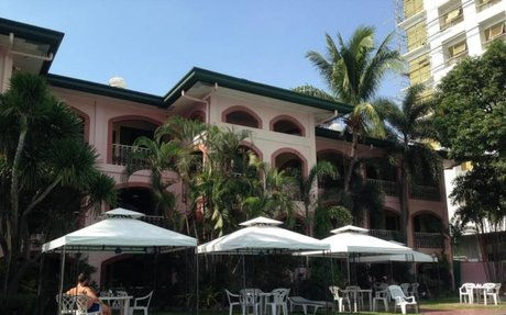 Orchid Inn Resort: A unique and kind relaxing place