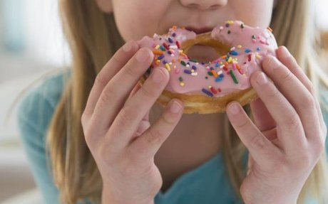 Canadians, especially kids, get half their daily calories from ultra-processed foods