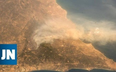 Os riscos para a saúde do fumo do Algarve que se vê do espaço