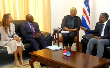 Primeiro-ministro recebe director do Escritório Regional para a África da ONU-Habitat